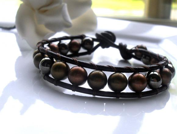 Metal and Leather Single Wrap Bracelet